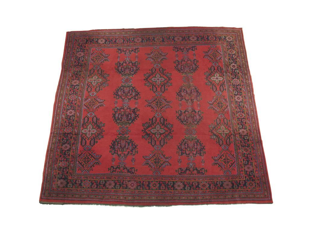 An Ushak 'Turkey' carpet