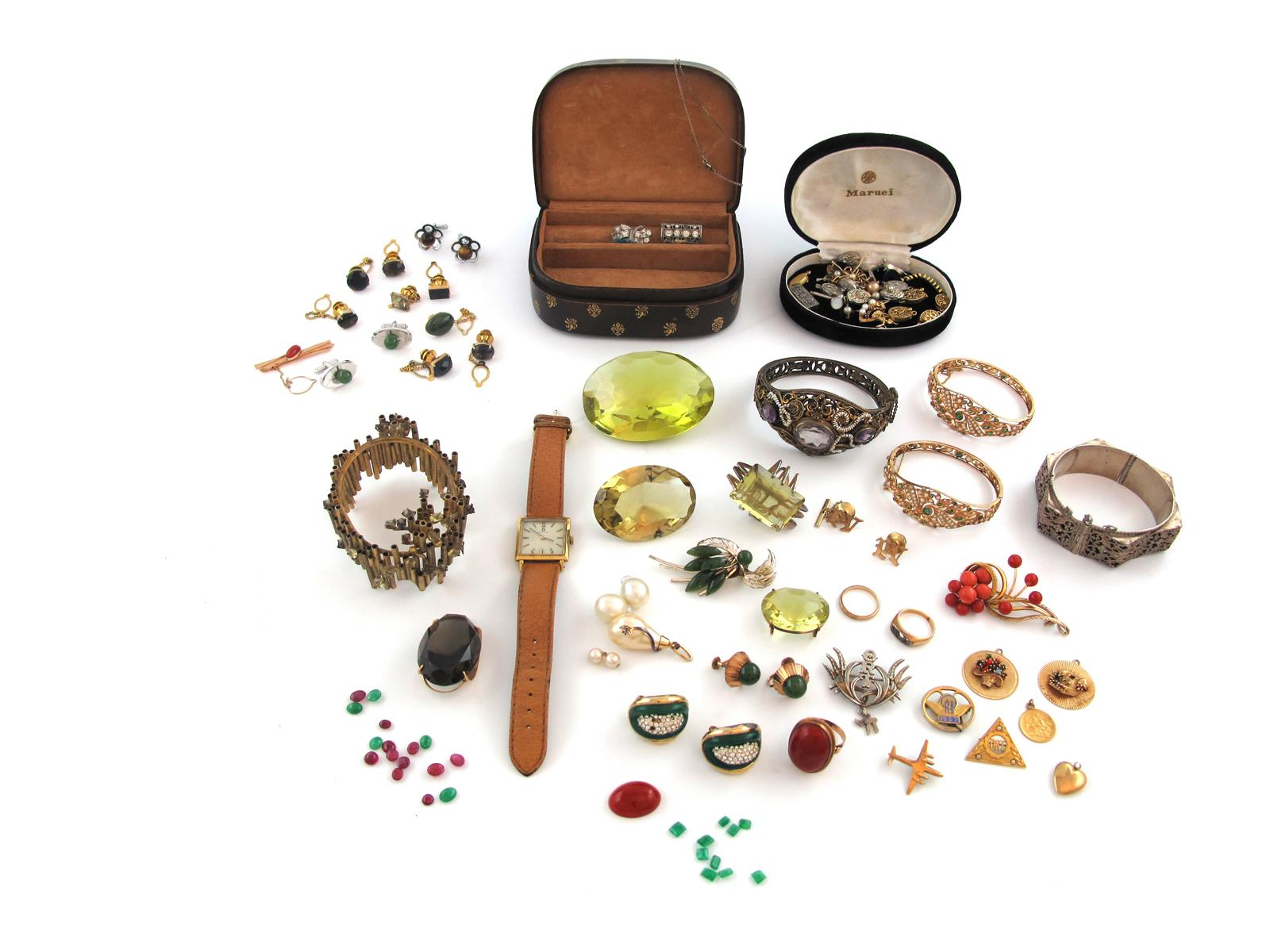 A large quantity of jewellery and costume jewellery including two gold bangles